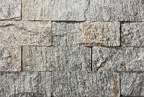 Muro enchado en piedra tipo ladrillo gneis