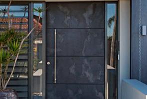 Puerta enchapada con lamina de piedra stoneflex